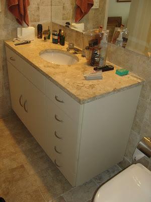 armários para banheiro pequeno