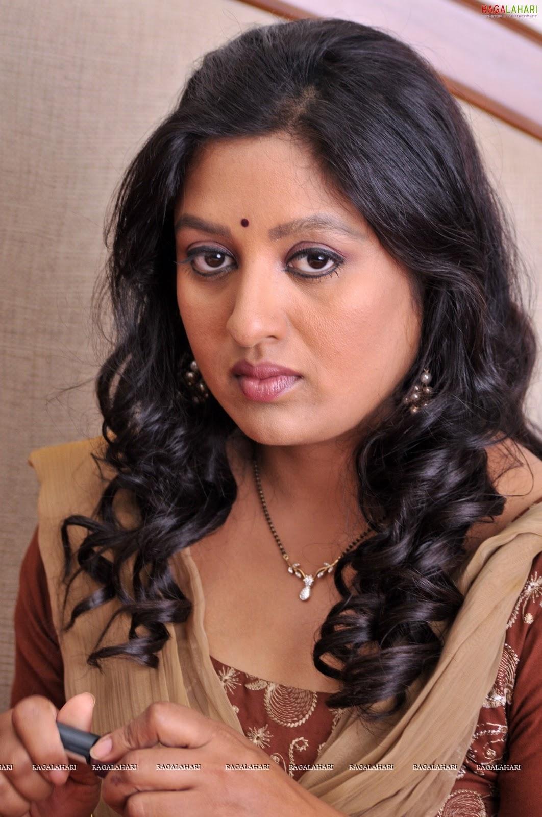 Akita Kapoor M5xeu