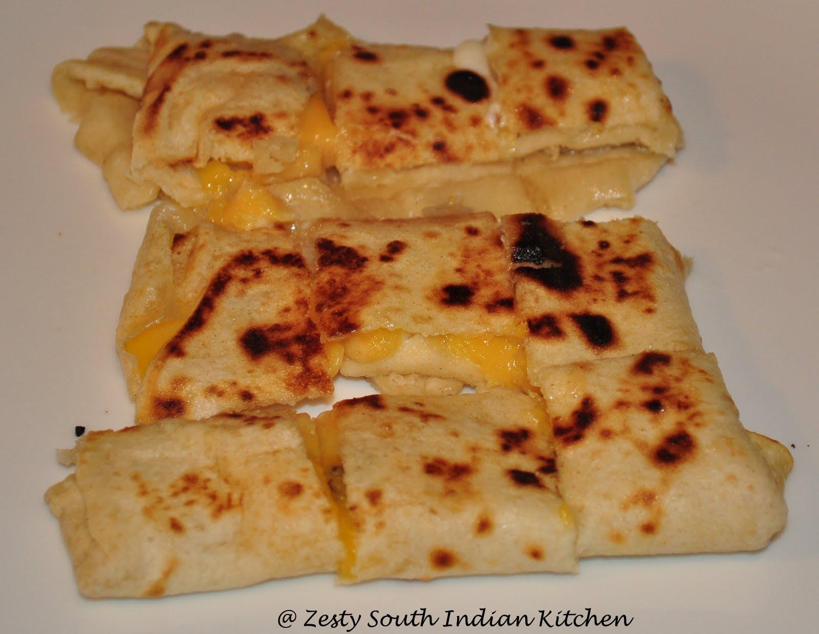 Roti gulaythai banana roti thai banana pancake zesty south roti gulaythai banana roti thai banana pancake forumfinder Gallery
