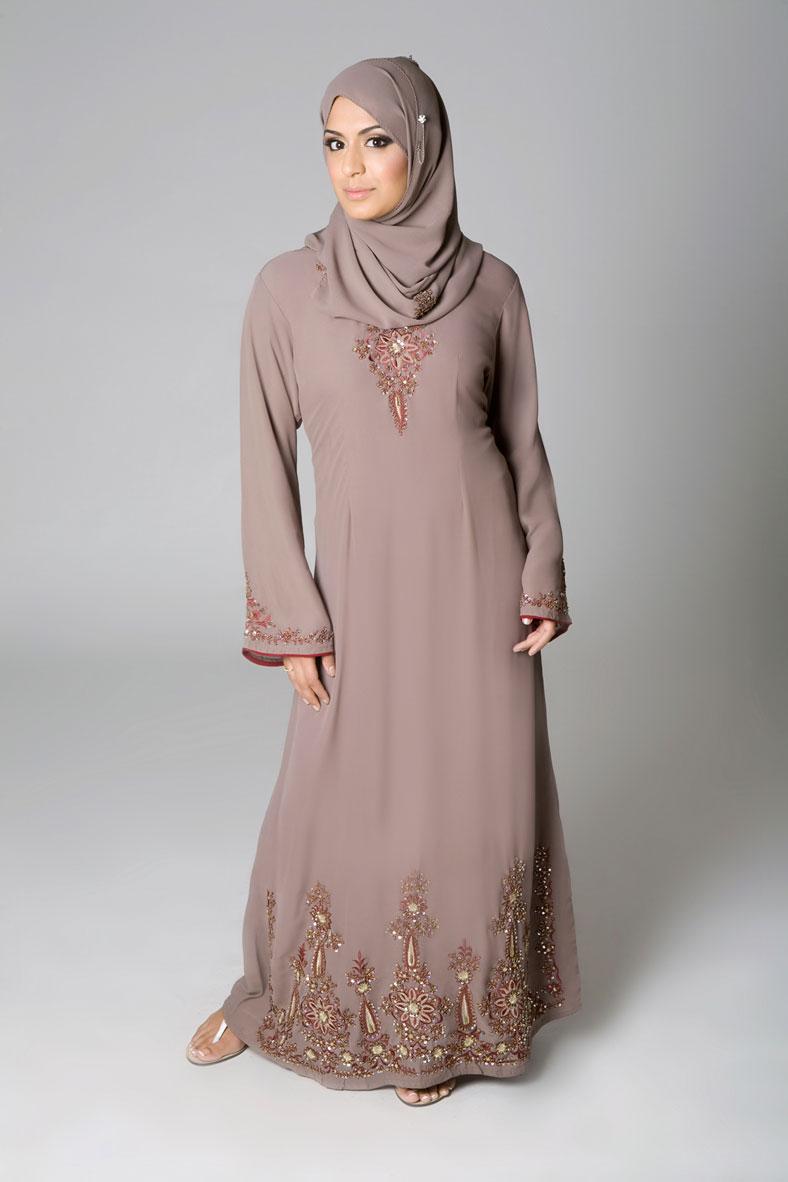 Abaya-Jilbab-Designs-2010.jpg (788×1182)