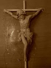 Crucificado a pequeña escala