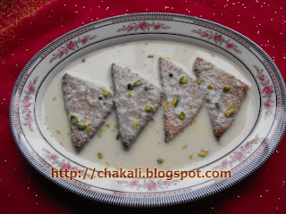 pakistani dessert, Indian Recipe, Indian Dessert, Shahi Tukda, Bread Halwa, Healthy diet, food, salad, chilled dessert