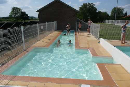 La piscine d 39 aulnois sous laon for Piscine de laon