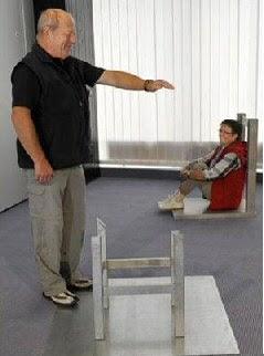 Iluzia scaunului - explicatie - 2