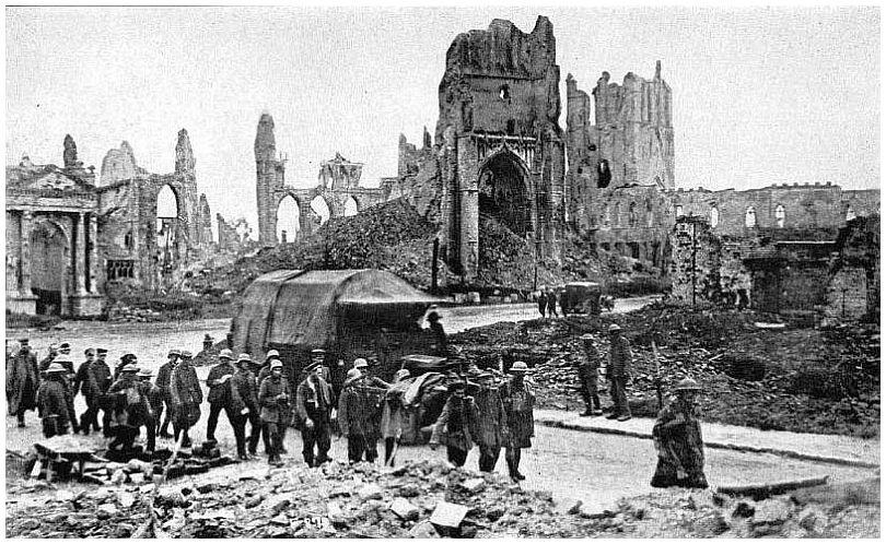 http://1.bp.blogspot.com/_LoPTdkHrjjk/SsMPfTQqXbI/AAAAAAAAFc8/FyJfI-hZq4M/s1600/ypres_1917_first-world-war-002.jpg