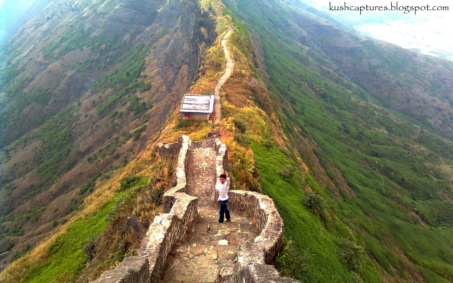 kush captures walk on the mangi tungi wall