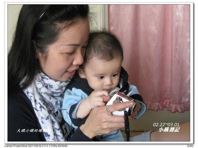 小鐵:MIN 阿姨的相機裏面拍了什麼呢?