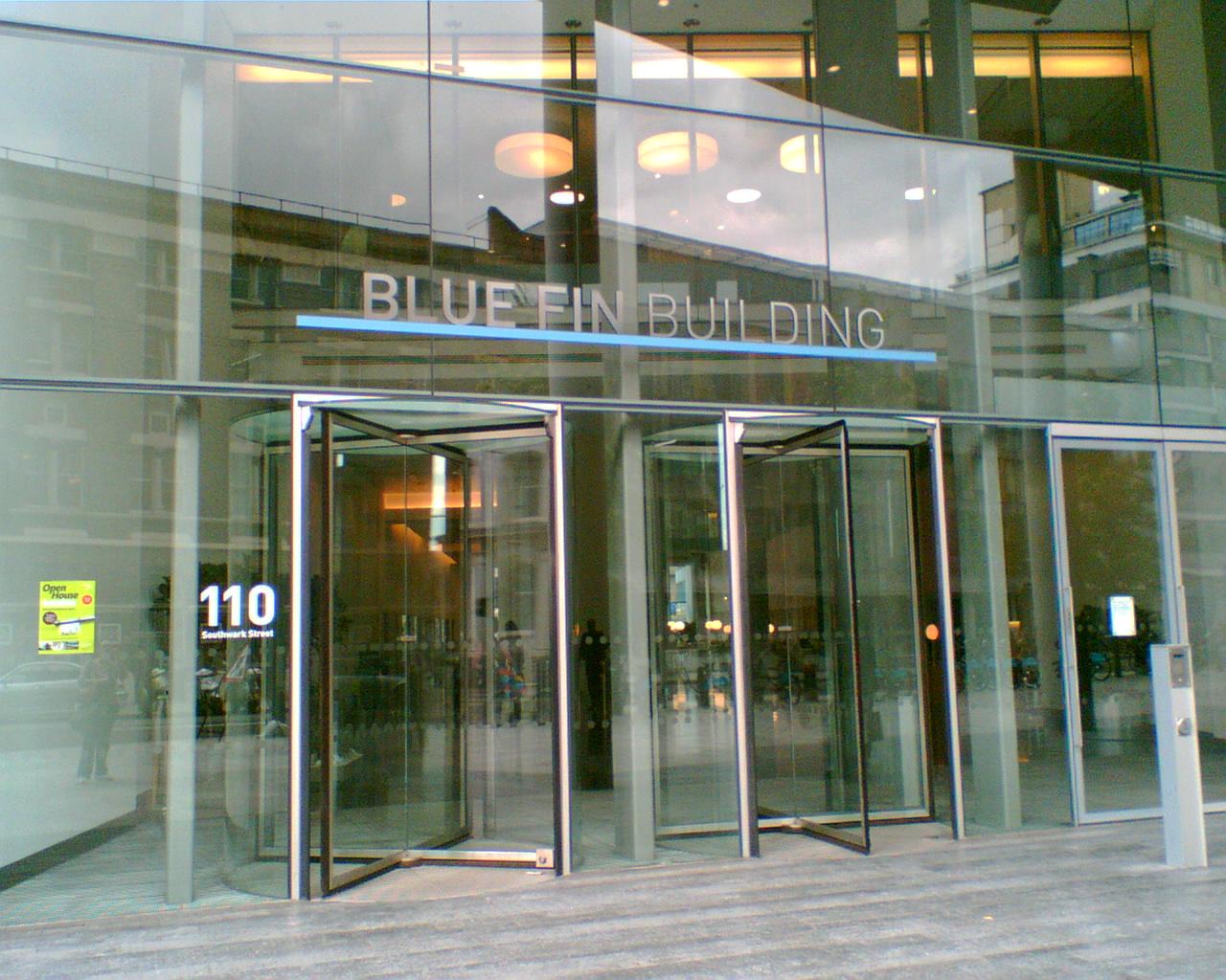 http://1.bp.blogspot.com/_LqD0oGoPmM0/TJzoYvuxJiI/AAAAAAAAA24/eKwpzcxi7v4/s1600/blue+fin+building_1.jpg