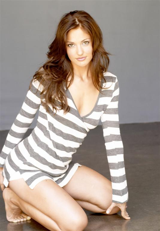 100+ Minka Kelly photos when young