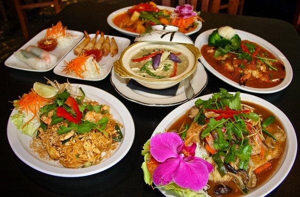 Sherri 39 s jubilee blue basil thai food last night for Cuisine thai