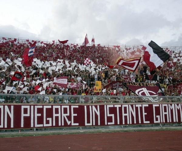 Le Mouvement Ultra en Italie - Page 16 Lapresse_basr200609srt_0077-7490613