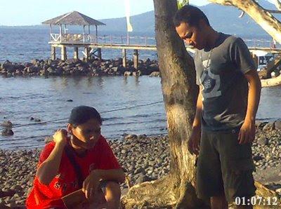 Ipoy dan Inem Laskar Lelaki