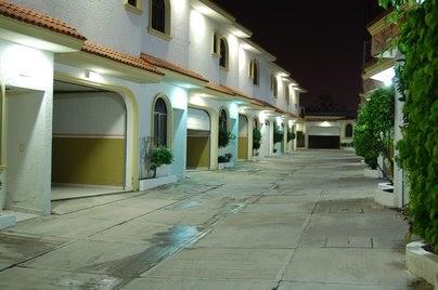 En el motel con una milf - 3 part 4