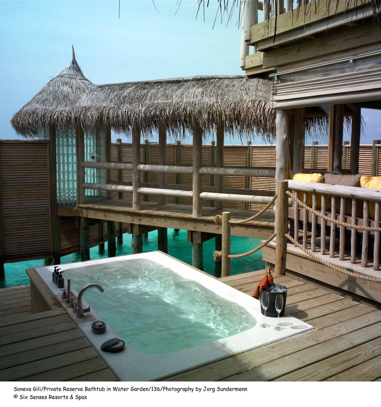 soneva gili un hotel flotante de lujo en las maldivas