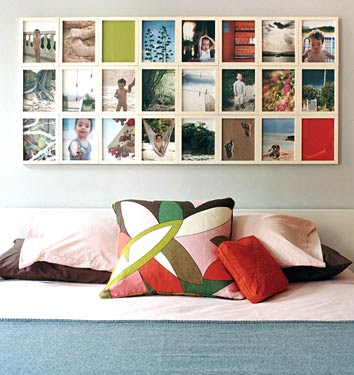 Picture Frames On Wall Display Ideas