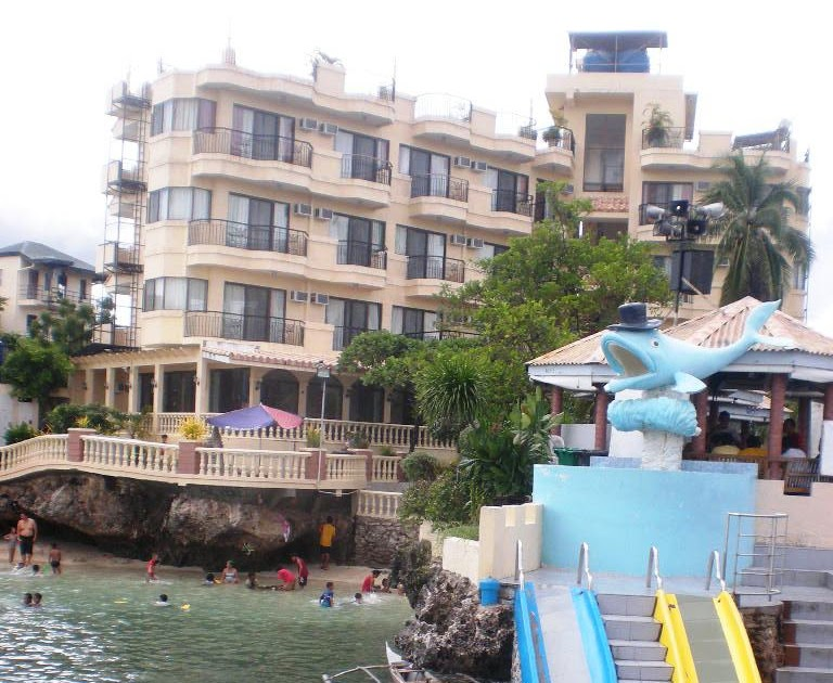 Blue Reef Beach Resort Marigondon
