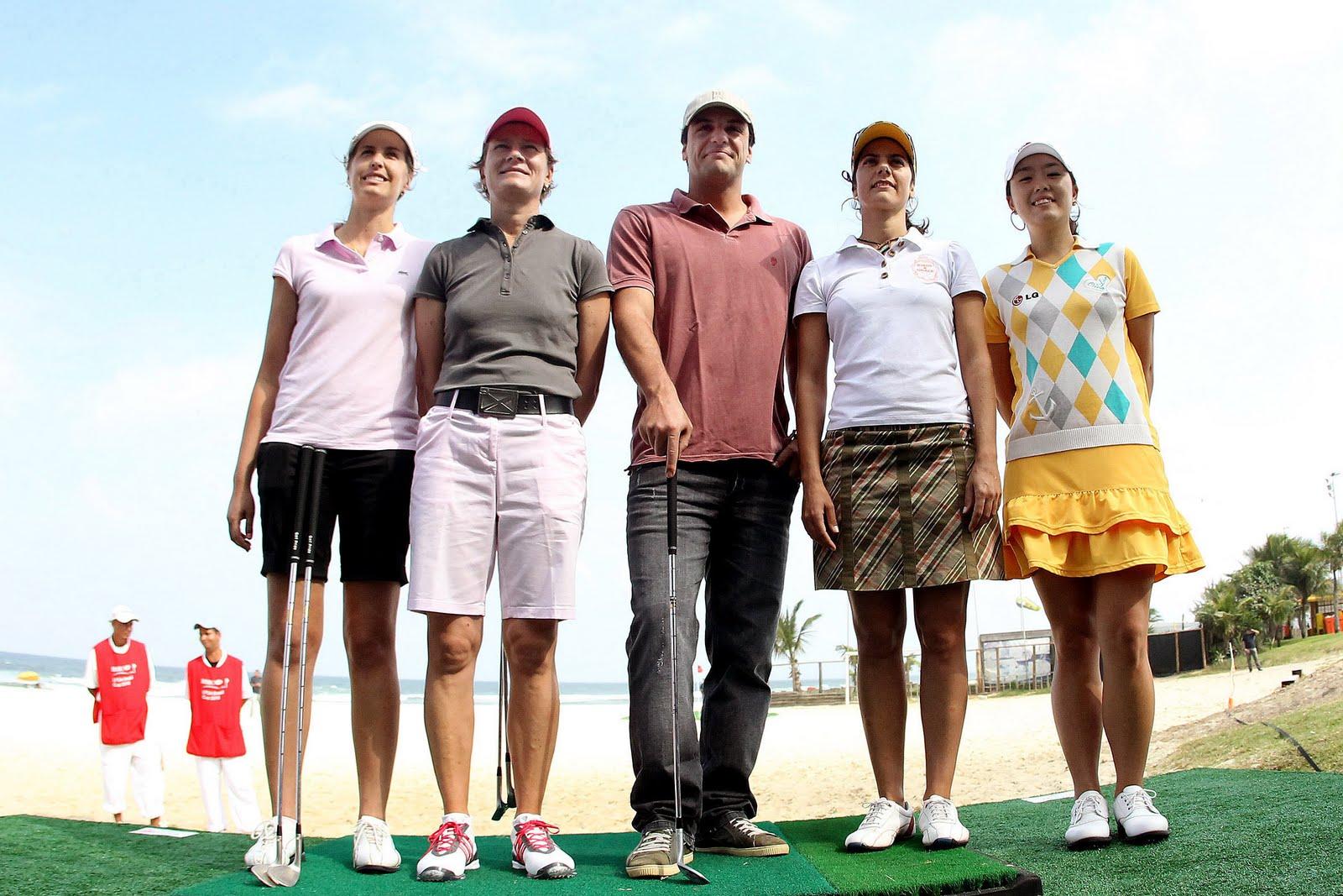 http://1.bp.blogspot.com/_Lxg8YjYsQi0/S_2mNEeJAjI/AAAAAAAAKkU/4b8nLY7SdC4/s1600/99530_128184_rodrigo_golfistas1.jpg