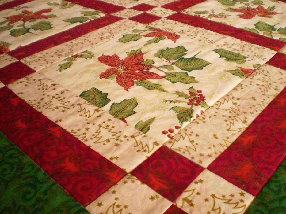 Patchwork Mill Bright Red Poinsettia Table Runner And