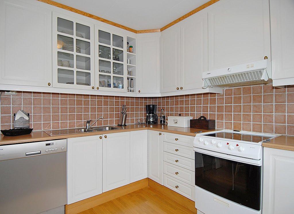 Villa creme: kjøkken før og etter!