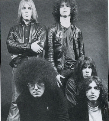 MC5,back_in_the_usa,psychedelic-rocknroll,back_in_usa,wayne_kramer,fred_smith,sinclair,looking,tutti_frutti,stooges,up,detroit,grande,atlantic,inside