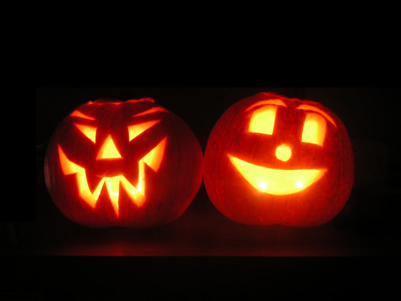 http://1.bp.blogspot.com/_LznQKUW0Lcg/TM2L--82hBI/AAAAAAAAAW8/tkJ9plr1Tp8/s1600/Jack-o-lantern-FR.JPG