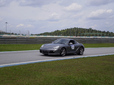 Time To Attack Sepang Porsche Cayman