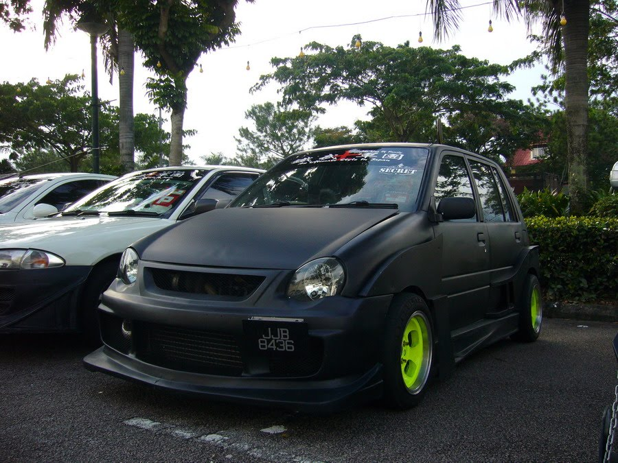 Here is an matte black Kancil with wide body kit, owned by member of THE