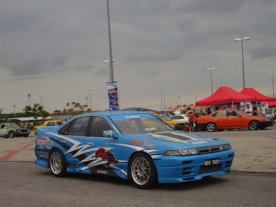 Nissan Cefiro A31 drift car in blue