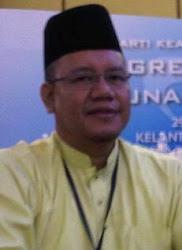 Pengarah Jabatan Latihan dan Komunikasi Selangor