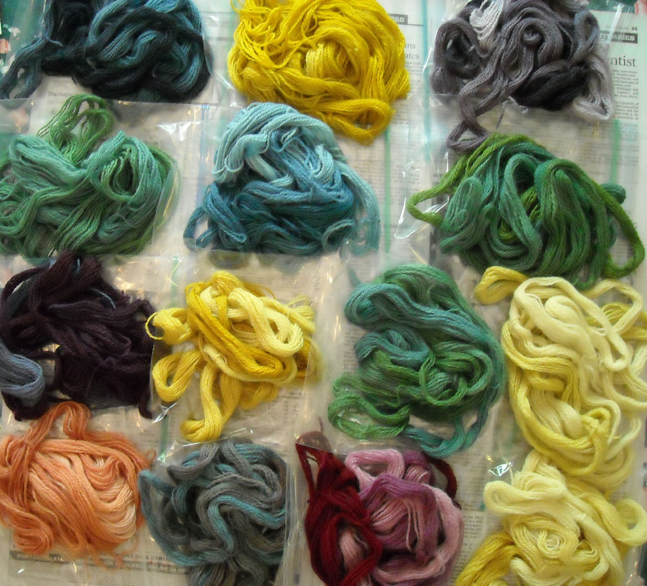natural dyes Natural dyes [gwen fereday] on amazoncom free shipping on qualifying offers fereday is a dyer and weaver who studies traditional dyeing techniques from around the world.