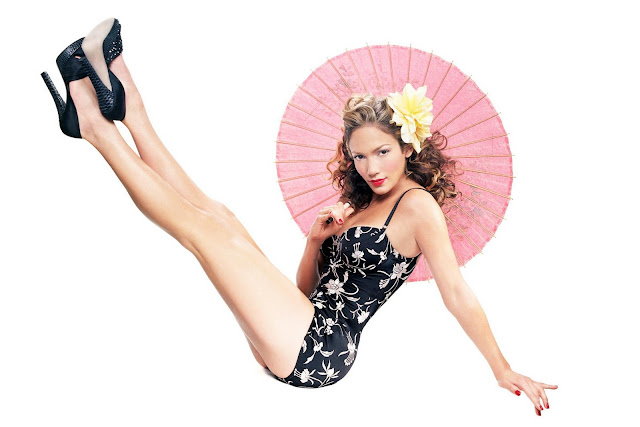 Jennifer Lopez – Pin Up Style Photos