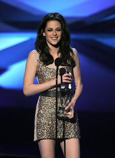 Kristen Stewart Lovely In A Dazzling Sequened Mini Dress