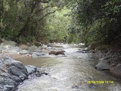 Medición de Parámetro Hidráulico de la Quebarada la Clara - Municipio de Amagá