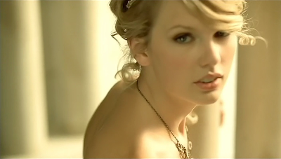 Taylor Swift Love Story Music Video on Taylor Swift   Love Story Hq Video   Music Video 4 Free
