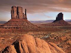 Clik na imagem e saia do deserto/peça suas musicas adicione o msn da Radio :