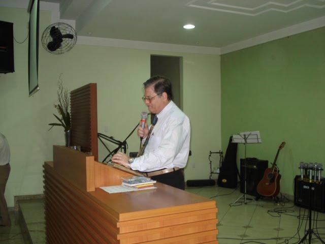 Ministração na Igreja Betãnia em Coronel Fabriciano