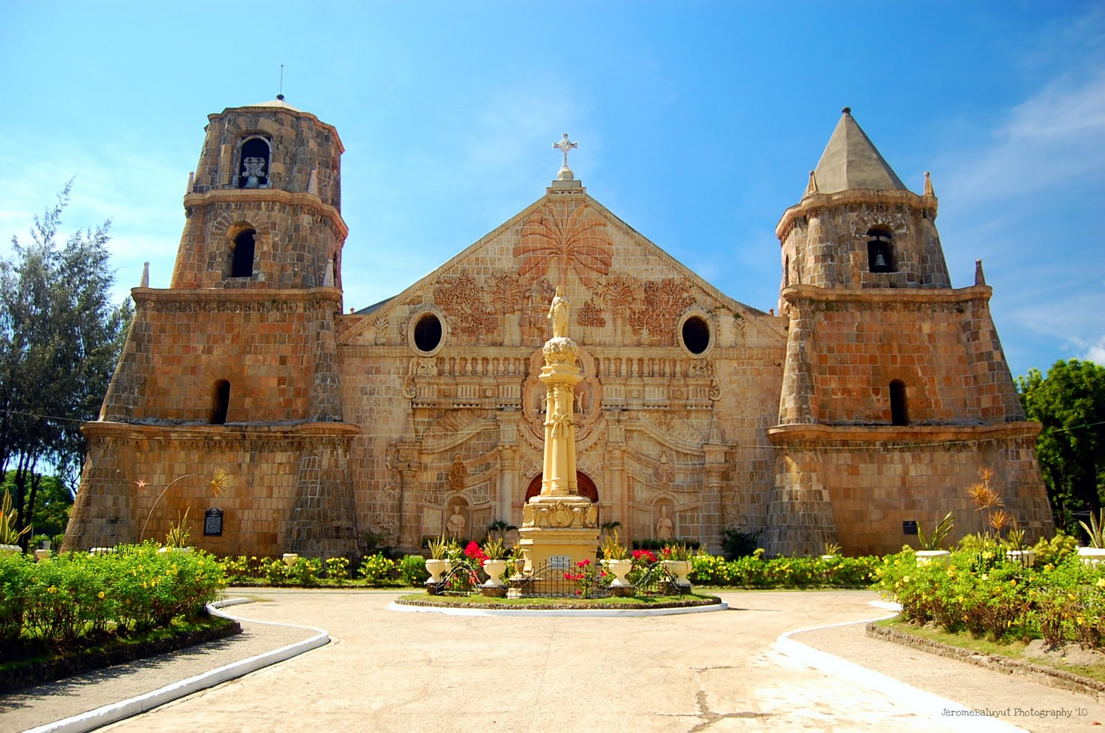 15 - The Churches of Iloilo Province - Philippine Video and Music