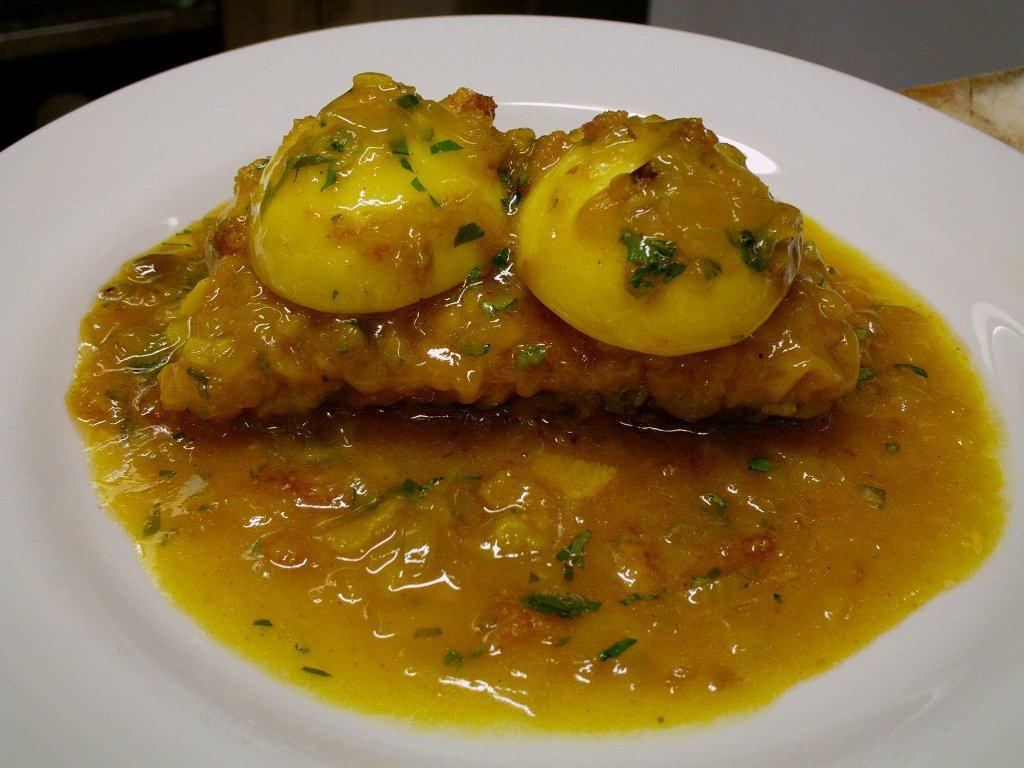 Las recetas de l 39 ngel receta n 83 supremas de merluza a for Cocinar merluza a la vasca
