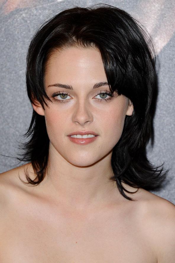 Kristen Stewart Eye Makeup. a smudge of eye make-up.