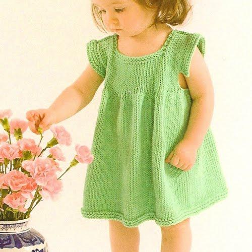 Knitted Pinafore Dress Pattern Free : kyarns: The Pinafore Dress