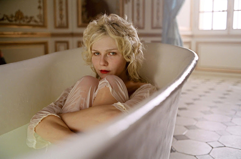 tonight i am going to take a nice relaxing bath i m not a bather i m  title=