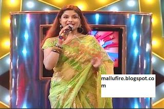 Anchor Veena s Show