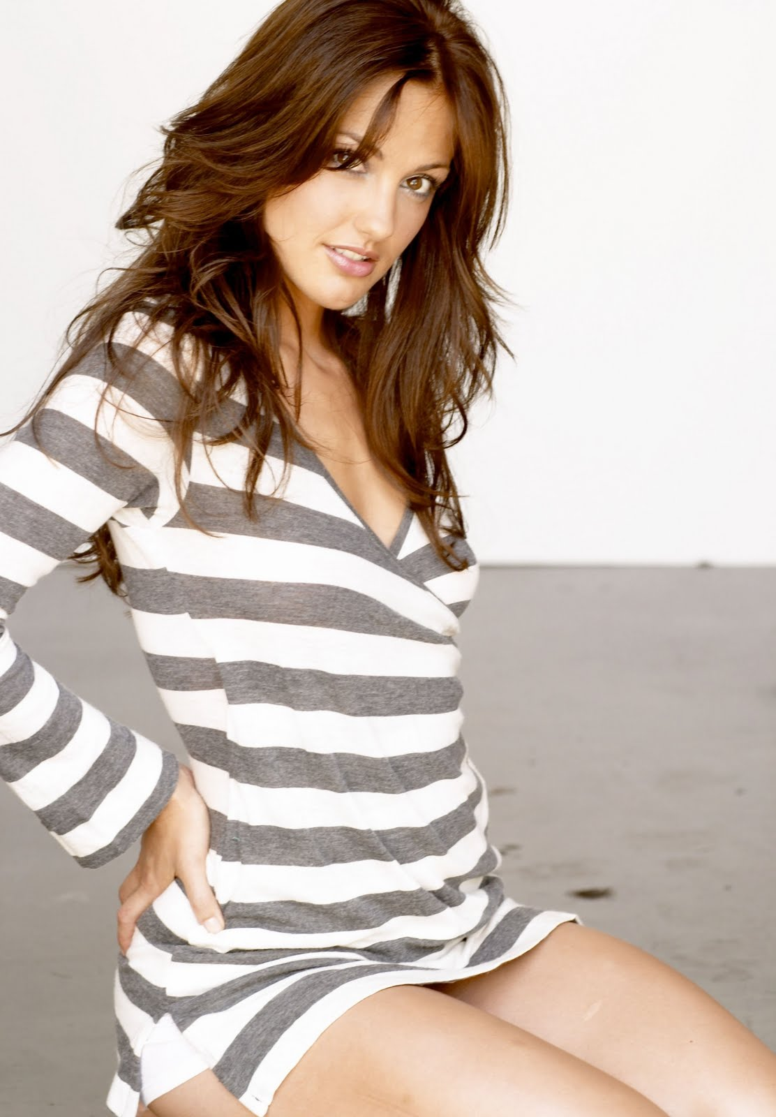 Jivebunnys Female Celebrity Picture Gallery: Minka Kelly ... Jennifer Aniston News