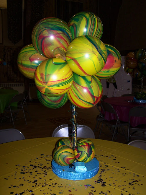 how to make a balloon topiary centerpiece