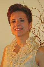 Adriana Hill