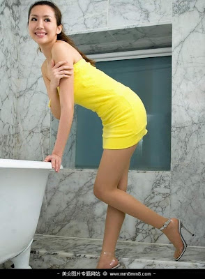 Hot College Girls in High Heels and Minidress