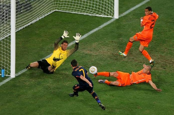Agen Bola Piala Dunia - Maradona Menunggu Laga Belanda vs Spanyol