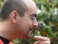 Con un pappagallo del Senegal