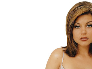 Tiffani-Amber Thiessen Wallpapers-2