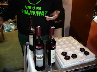 Ginginha em copo de Chocolate